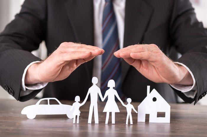 Como escolher a corretora de seguros ideal?